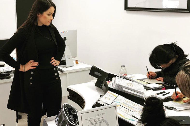 Benefits of Live Microblading Training with Gabriela